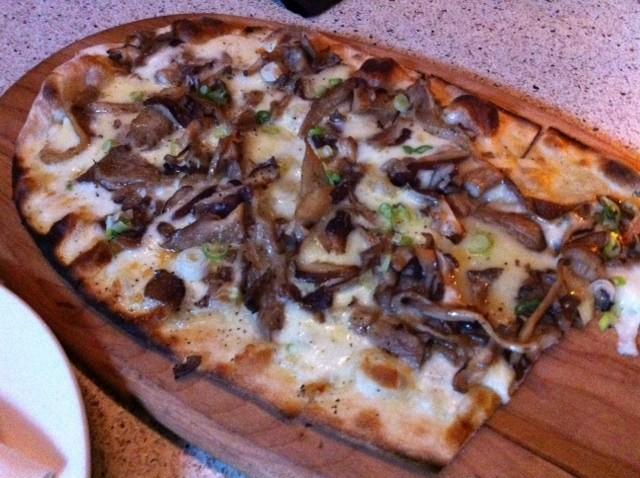 Pizza at Asellina at the Gansevoort Park