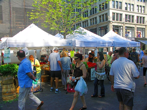 The NY Organic Market has moved from Union Square to Madison Square Park