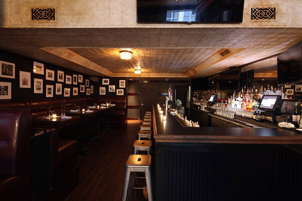 windsor west village sports bar opens and gansevoort park hotel