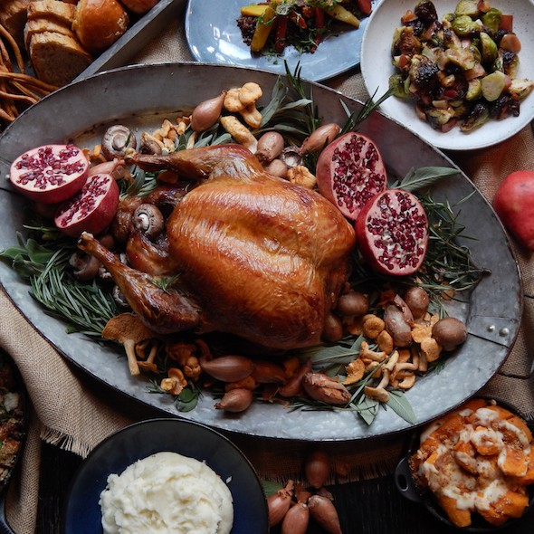 Learn about the Black Barn Thanksgiving menu and upcoming charity dinner.