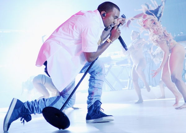 Kanye West is set to play the NBA All Star Concert this weekend at Flatiron Plaza.