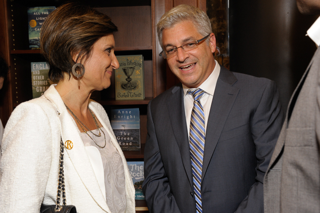 Laura Donnini, CEO, RCS Libri speaking with Jeff Abraham, President, Penguin Random House.