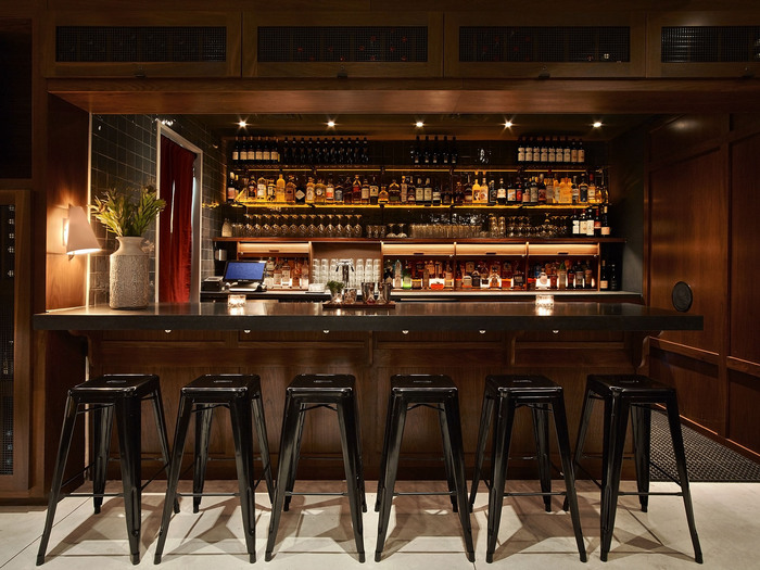 barlo nomad hotel bar in nomad nyc