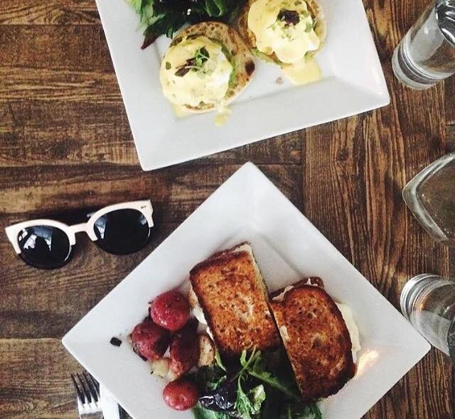 blue-dog-kitchen-bar-cafe-nomad-chelsea-nyc