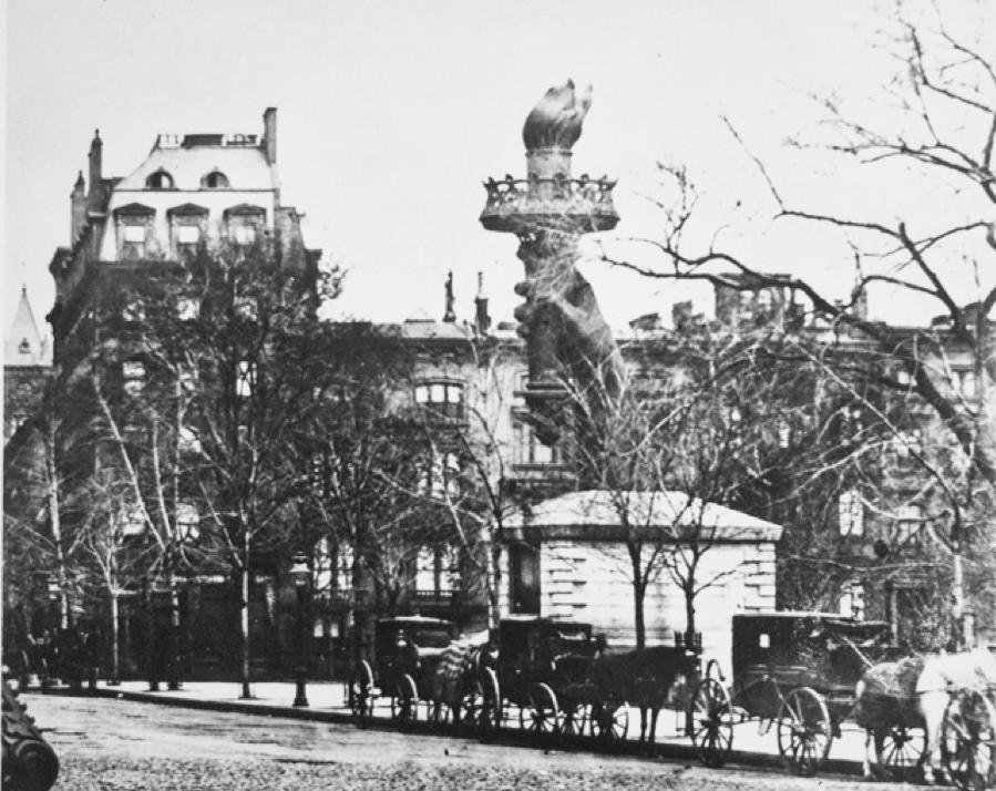 statue-of-liberty-madison-square-park