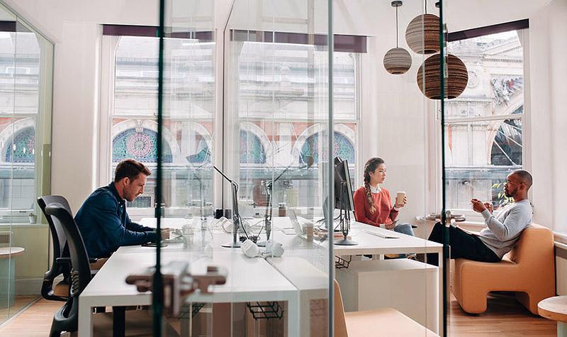 advantages office space